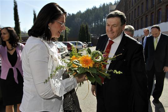 Predsedkyne Nemcova a hejtman Behounek